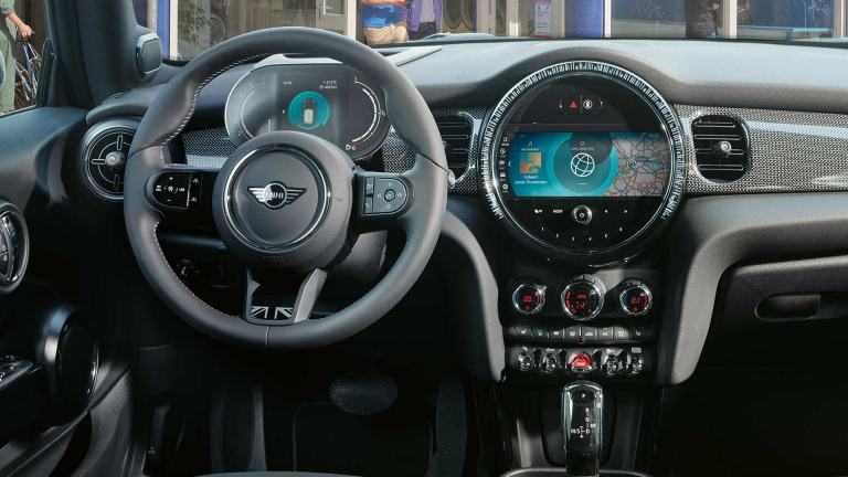 MINI 3-door Hatch – cockpit – comfort and tech packs